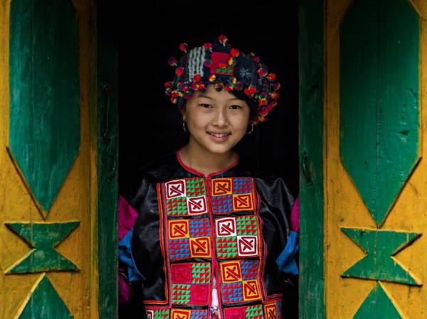 Thiếu nữ dân tộc Lô Lô, 17 tuổi ở huyện Bảo Lạc, tỉnh Cao Bằng - Ảnh: Réhahn