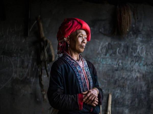 Phụ nữ Dao Đỏ ở làng Nam Toong, Sa Pa, Lào Cai - Ảnh: Réhahn