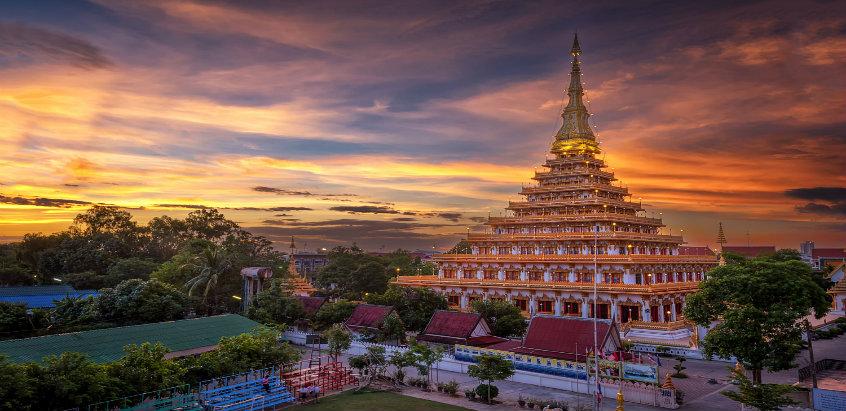 Vẻ đẹp không thể cưỡng lại của ngôi đền 9 tầng