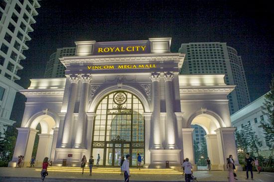 Trung tâm thương mại Royal City