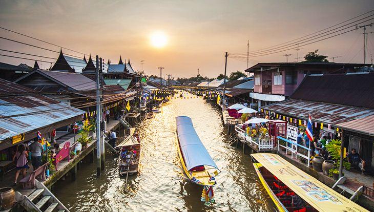 Chợ nổi Amphawa