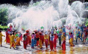 Lễ Hội Té Nước Thái Lan Songkran