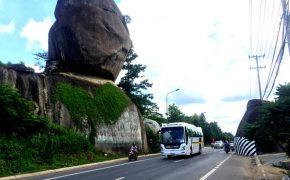 Du lịch Đồng Nai ngắm vẻ chông chênh của thắng cảnh Đá Ba Chồng